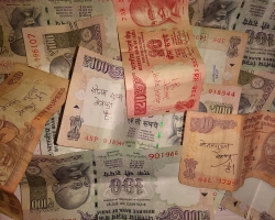 How to save on bank transfer to India
